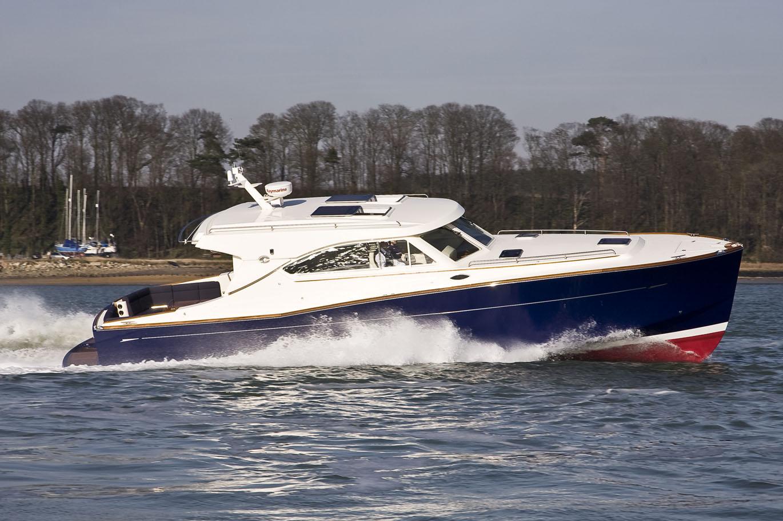 43' 2007 Oyster express LD43
